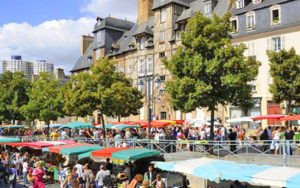 Рынок Марше де Лиз в Ренне фото