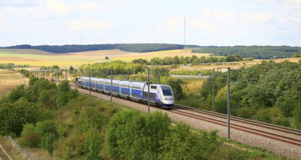 Как добраться от Парижа до Бретани за два часа и 10 евро без пересадки