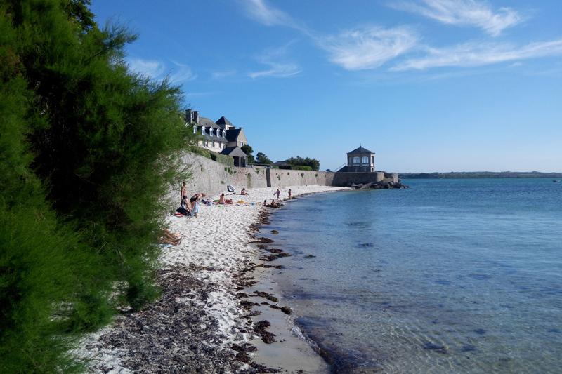 Пляж де Сен-Люк в Роскоффе фото