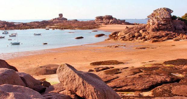12 пляжей Франции в Côte de Granit Rose (Берег Розового Гранита, Бретань)